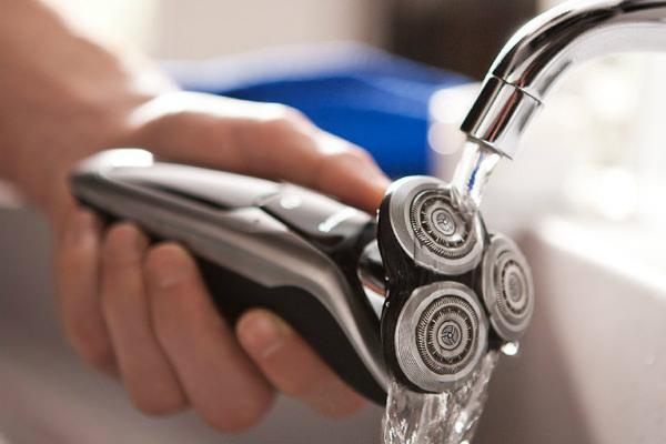 Philips Norelco S972184 9700 Wet